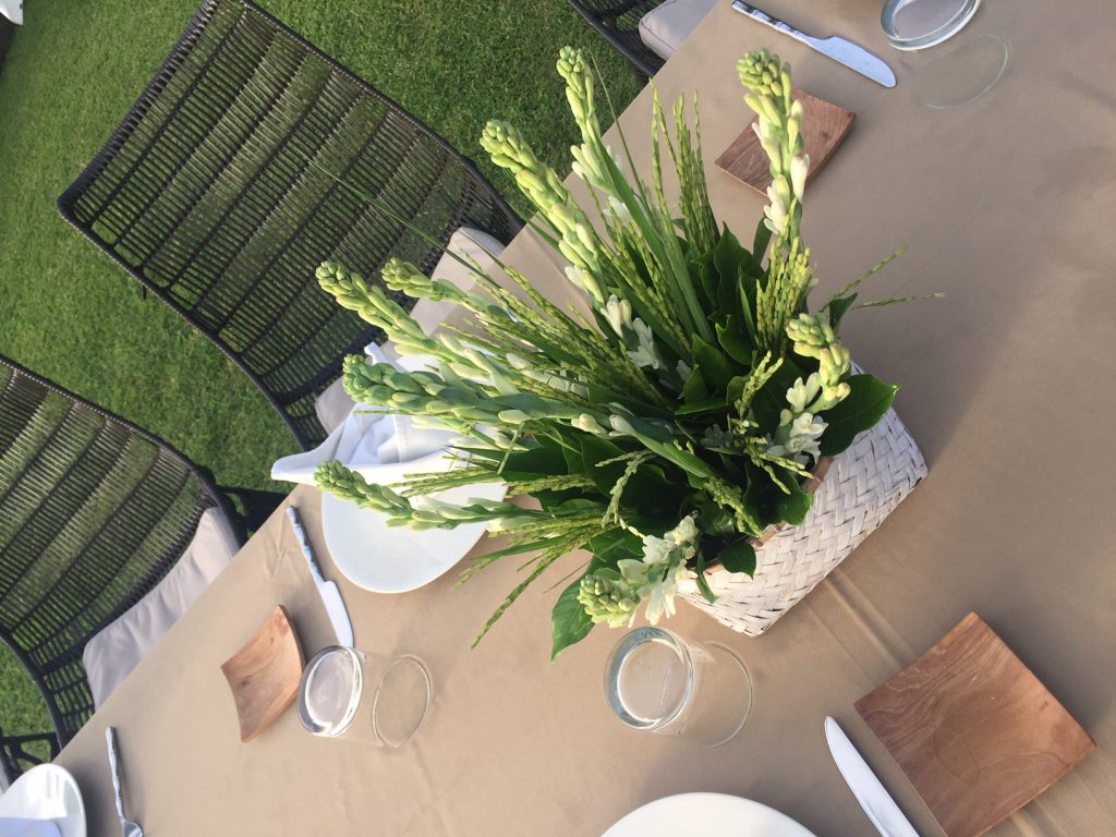 Indonesian Design Inspiration - Dining Outside