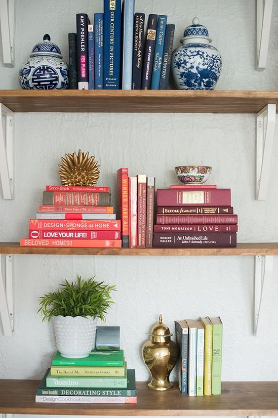 10 Ways to Style & Organise Your Bookshelves - Stacking