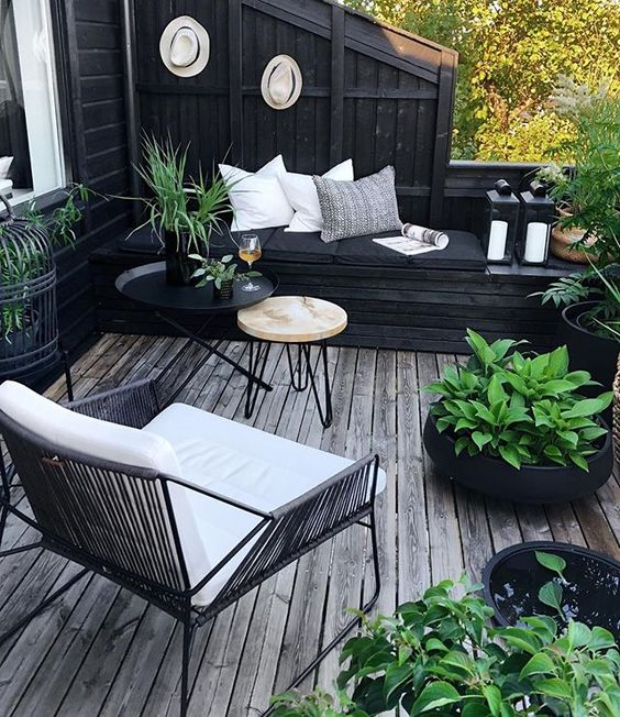 Outdoor Living Monochrome Decking Area
