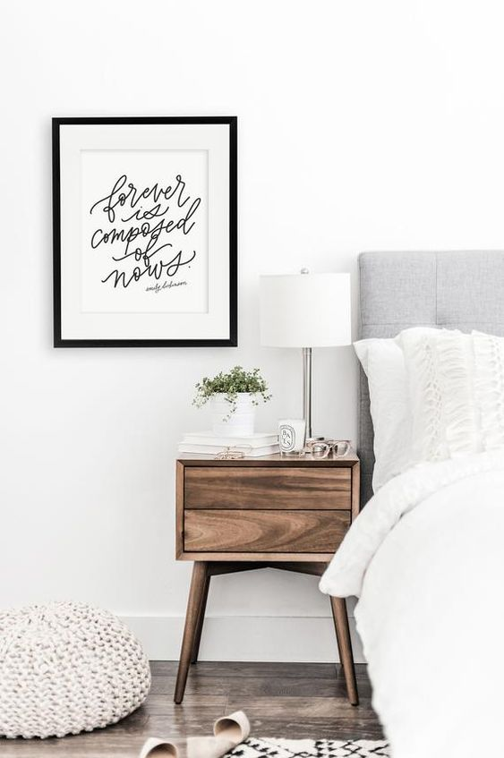 The Only 5 Things You Need For A Stylish and Neat Nightstand