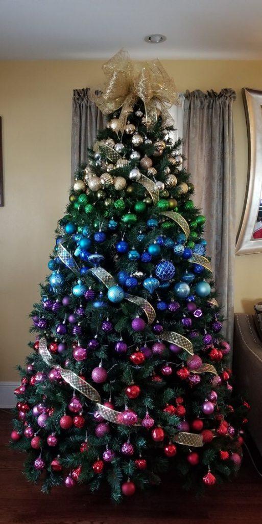 20 Gorgeous Christmas Tree Decoration Ideas - Rainbow Gradient