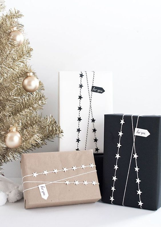 20 Creative Ways To Gift Wrap Your Presents This Christmas - Star Garland Wrap