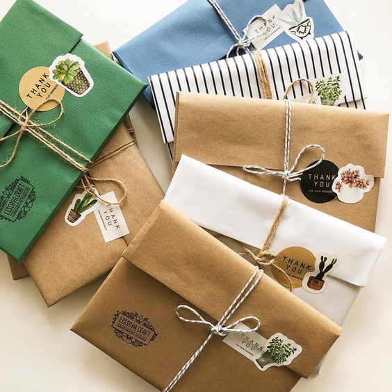 20 Creative Ways To Gift Wrap Your Presents This Christmas - Sticker Presents
