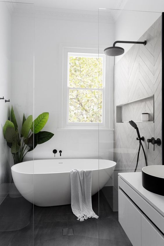 Amazing Wet Room Ideas: Top 12 - Small Modern Wet Room
