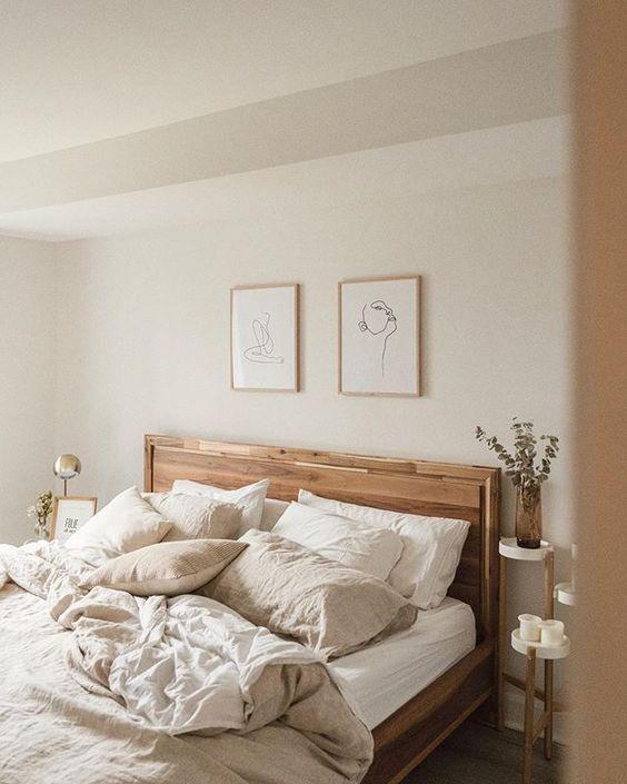 Linen Bedsheets in the bedroom
