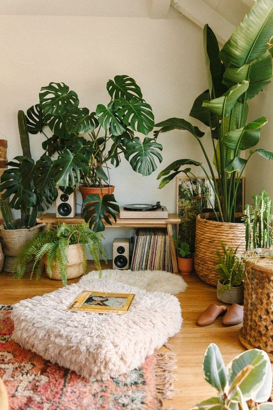 Jungle record corner by Black & Blooms