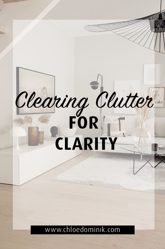Clearing clutter is one simple way to not only make your home better, but to make yourself and other feel better also. Organizing and creating order in your home improves law of attraction and brings good energy and good things in to your life. @chloedominik #organizedhome #organizedinteriordesign #organizedlivingroom #lawofattraction #lawofattractionhome