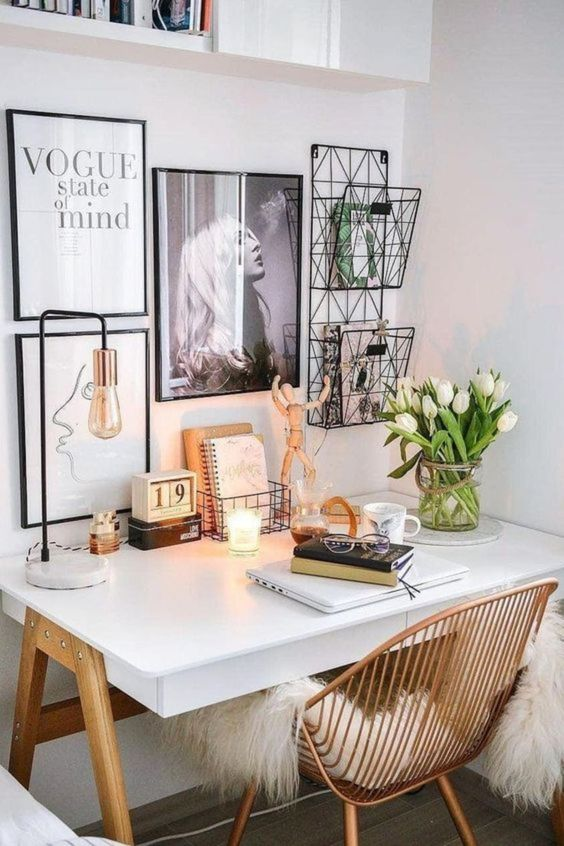 Beautiful Wall Office Desk - 7 Ways To Decorate An Empty Corner At Home: Setting up a beautiful small wall office desk is the perfect way to fill an empty corner in your home. It gives you space purely dedicated for work and that empty corner is put to good use. @chloedominik #wallofficedesk #emptycorner #emptycornerideas #homeoffice #homeofficeideas #beautifulofiice #beautifulofficeforwomen