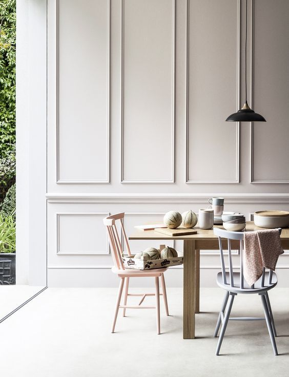Beautiful Panelled Dining Area - August Pinterest 2020: Top 15 Inspiration & Ideas: A gorgeous dining area to have sit down at with panelled walls painted in a neutral tone that creates a simple elegance. The slim line panelled moulding draws your eye up to the high ceilings. @chloedominik #panelleddiningroom #diningroomideas #whitepanelledwalls #panelledwalls #panelledfeaturewall #panelledfeaturewalldiningroom #beautifuldiningrooms