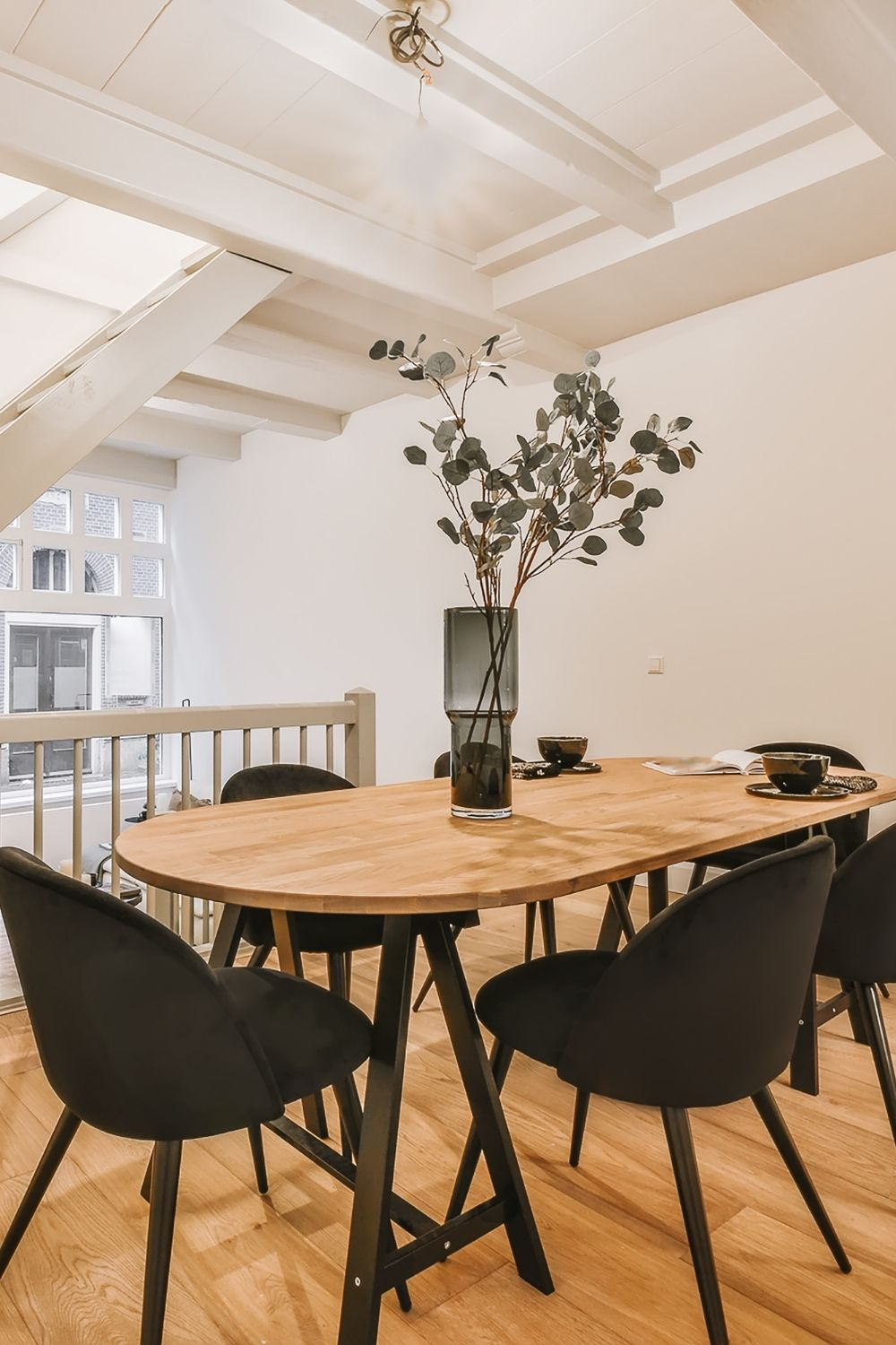 Oval Table Inspiration 8 Favourites, Oval Dining Room Table